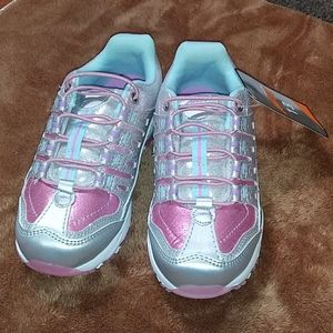 Avia athletic slip on shoes Girls